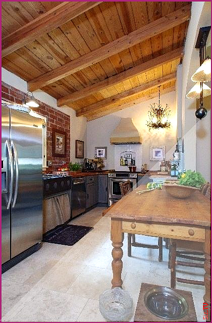 Help Treating A Half Vaulted Ceiling Exposed Beams Exposed Beam Vaulted Ceiling Exposed Beam Vaulted Ceiling Ideas Vaultedceilingdecor Help Treating Help Treati In 2020 Vaulted Ceiling Kitchen Vaulted Ceiling Lighting Vaulted