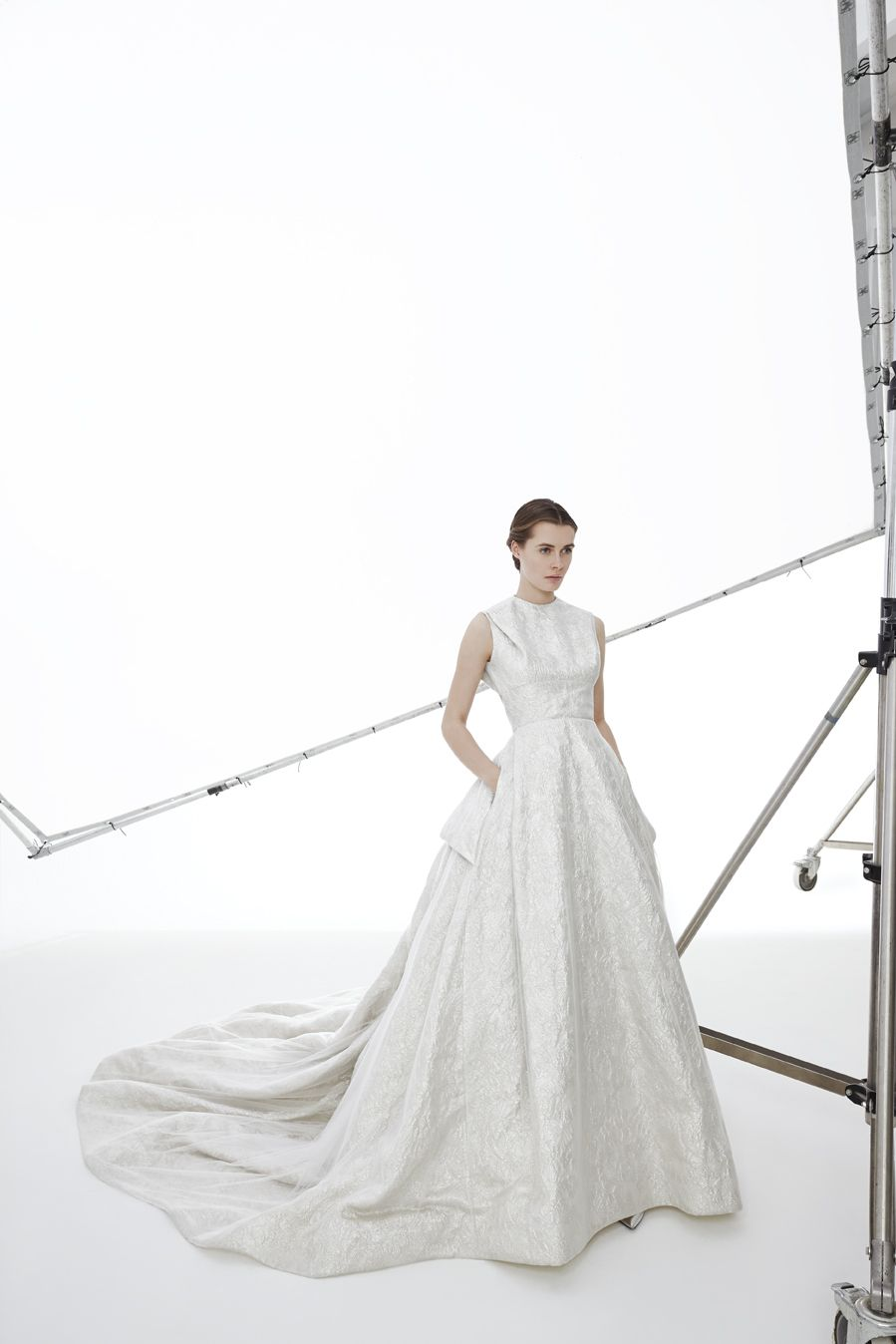 Style VIKTORIA: Ball gown in silver brocade fabric and tulle ...