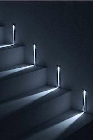 Simes step lights Inkom Pinterest Escalera, Iluminación y Luces - lamparas para escaleras