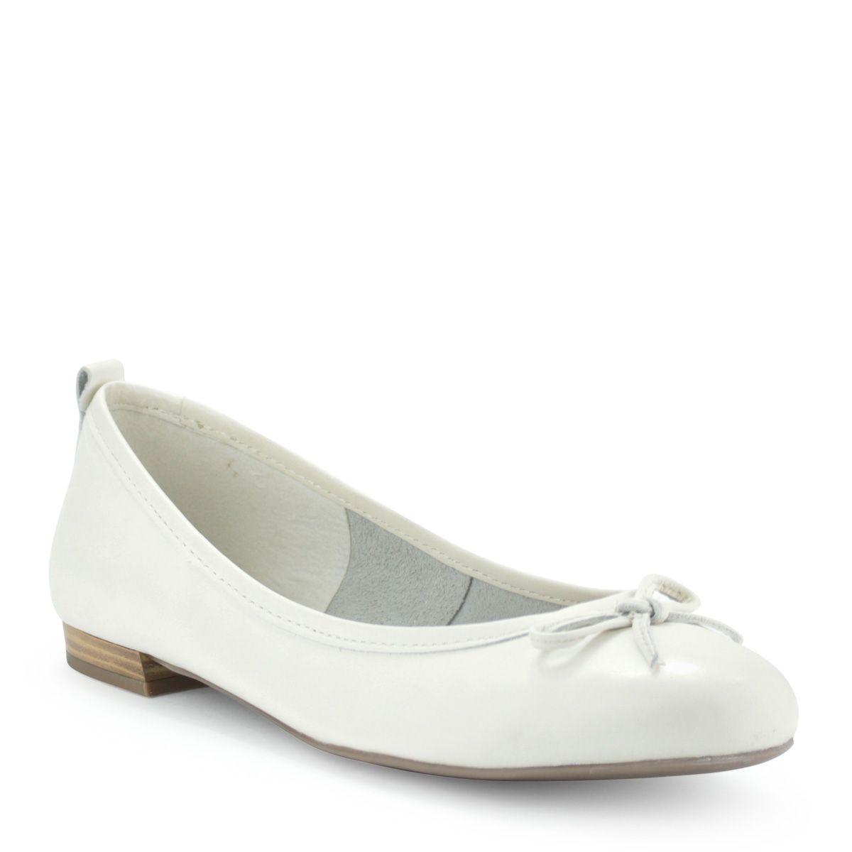 Fehér Tamaris balerina cipő masni dísszel  e72b36cde9