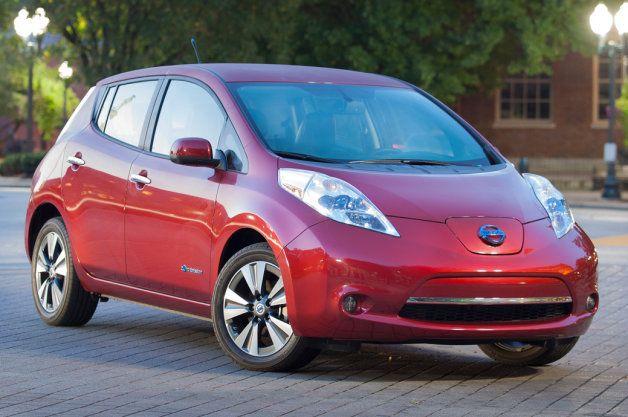 Tesla Model 3 Delays Tax Credit Concerns Spur Sales Of Chevy Bolts Nissan Leaf Nissan Car