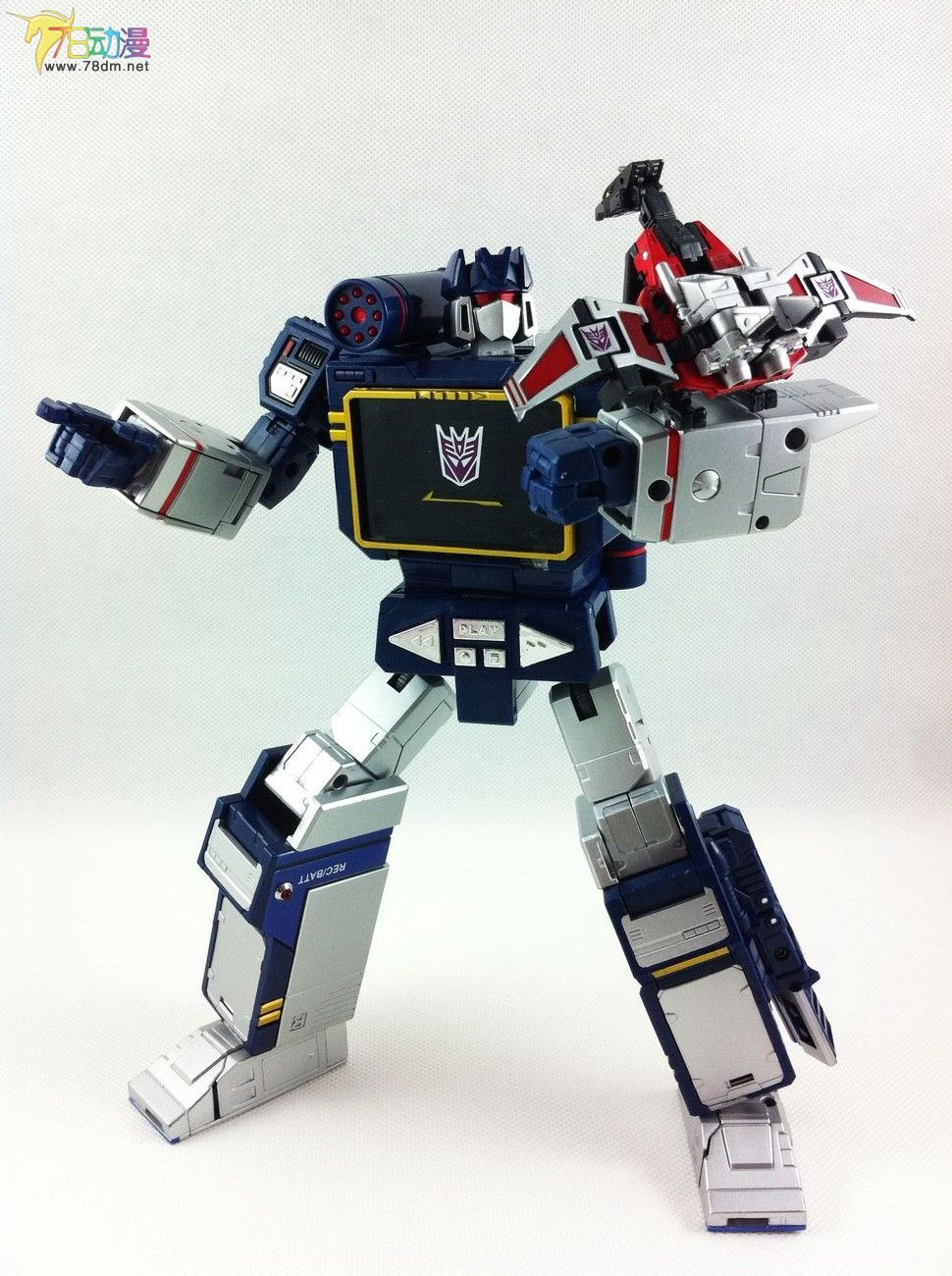 Re: In-Hand Images: Takara Tomy Transformers Masterpiece MP-13 Soundwave