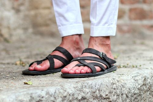 Amazing Find. Great sandals for Men
