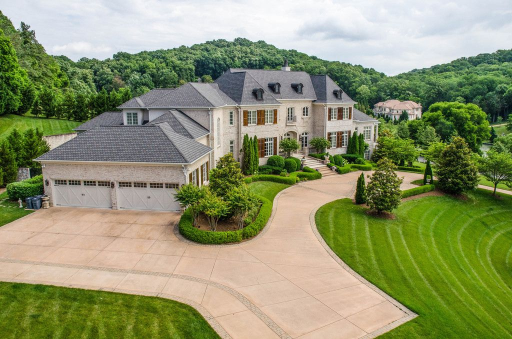 Home Is This French Manor In Nashville Tn Luxury Homes Exterior Luxury Homes Dream Houses Small Luxury Homes