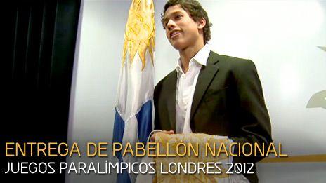 LA BANDERA URUGUAYA EN LOS JUEGOS PARALÍMPICOS