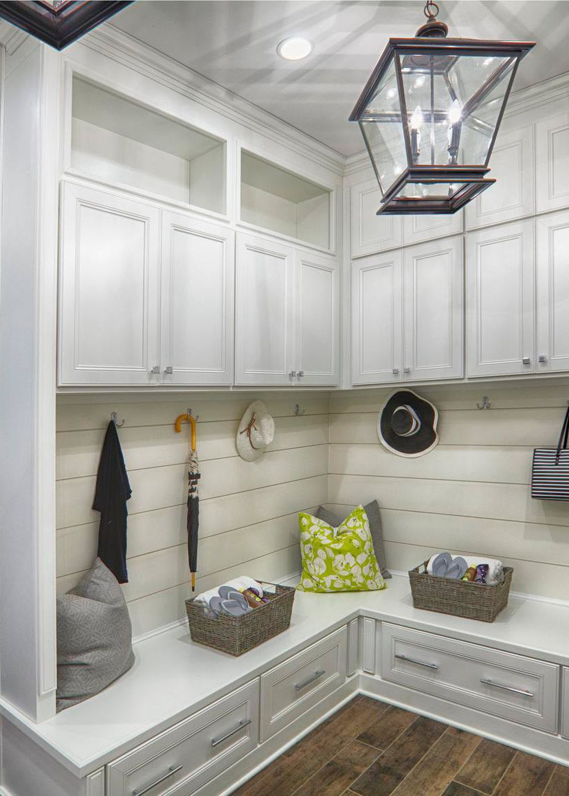 6 Absolute Essentials To The Perfect Mudroom Laundry Room