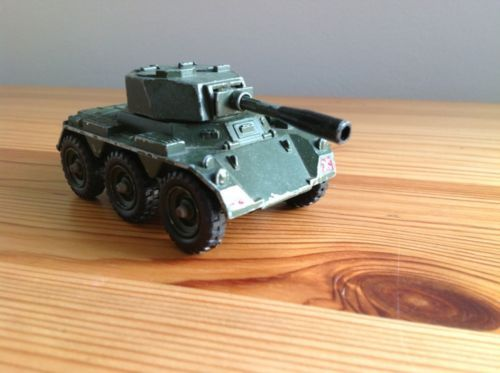 Corgi 906 Saladin Armoured Car - Model car Dinky Corgi