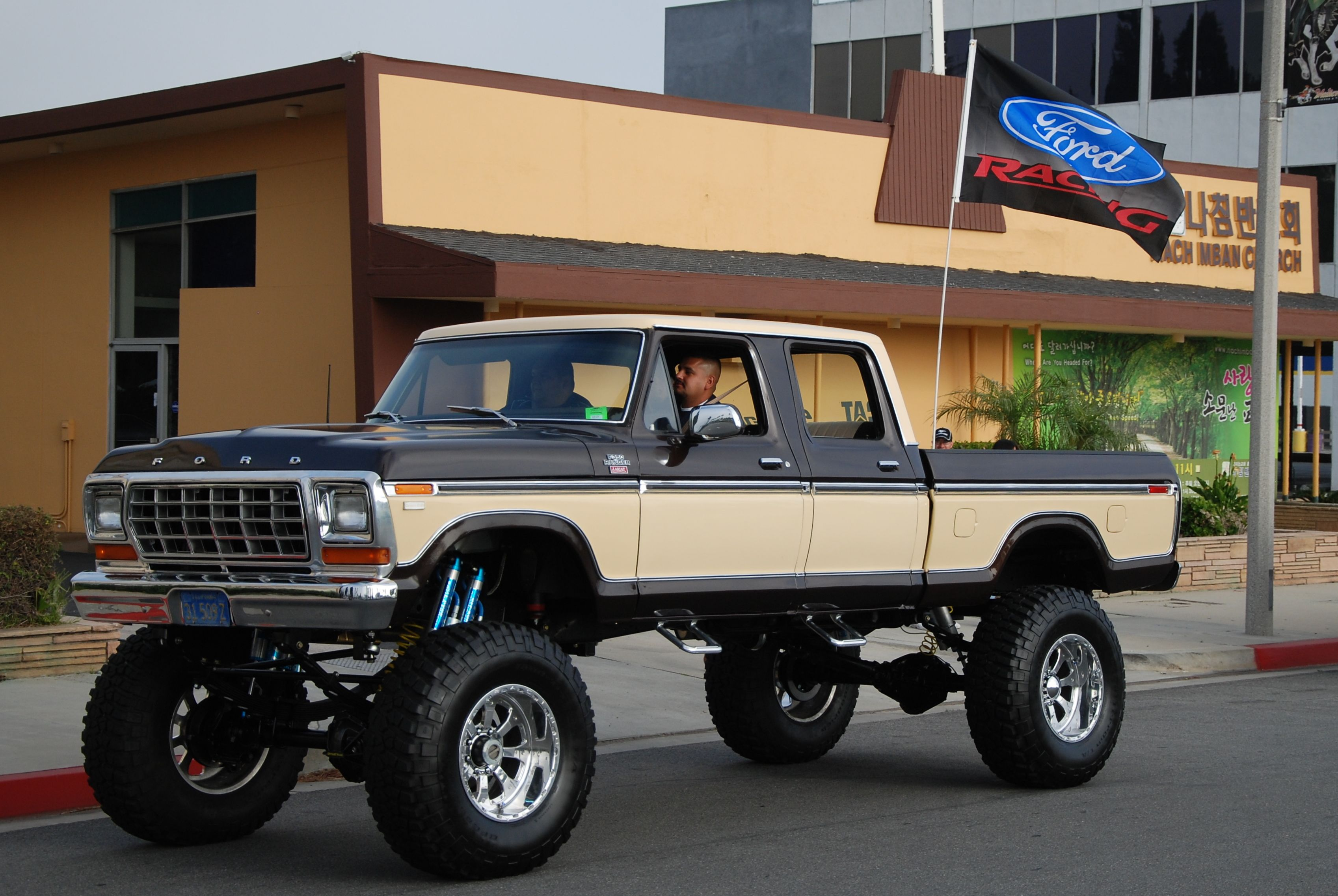 Awesome 79 crew cab ford