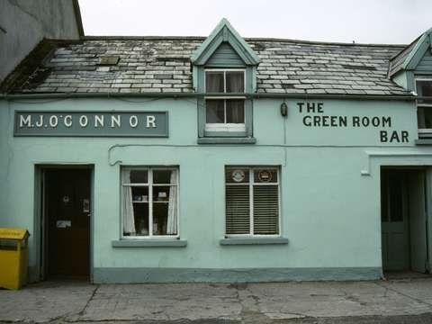 Check out 'Irish Pub' by Leighton Travel on TurningArt