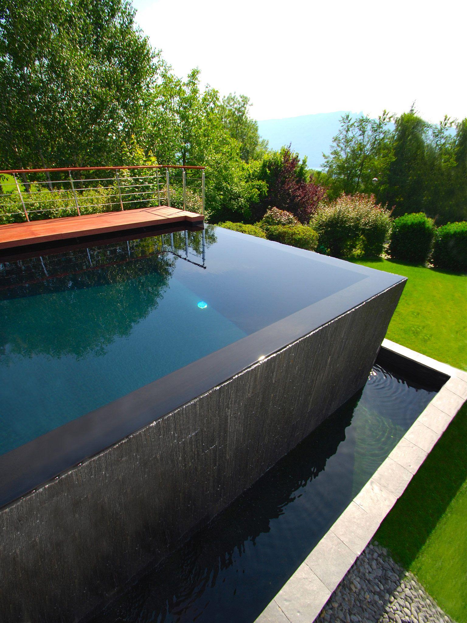 le d bordement par l 39 esprit piscine 10 x 5 m rev tement. Black Bedroom Furniture Sets. Home Design Ideas