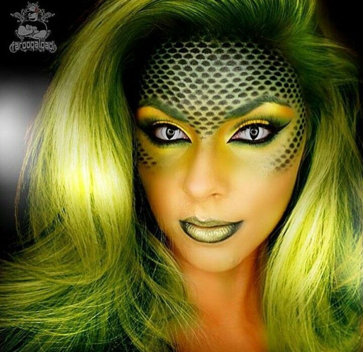Snake makeup | This is Halloween | Pinterest | Snake, Makeup and ...
