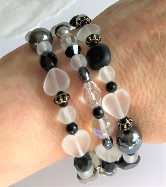 14a9e2d832b Beautiful Black and White Bracelet Triple Strand Glass Heart Beads  Swarovski Crystal Artisan Clasp G