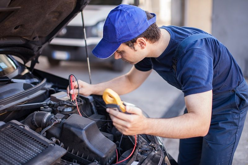 Find The Best Auto Mechanic Of All Time For Your Needful Considerations Car Repair Service Auto Service Cool Cars