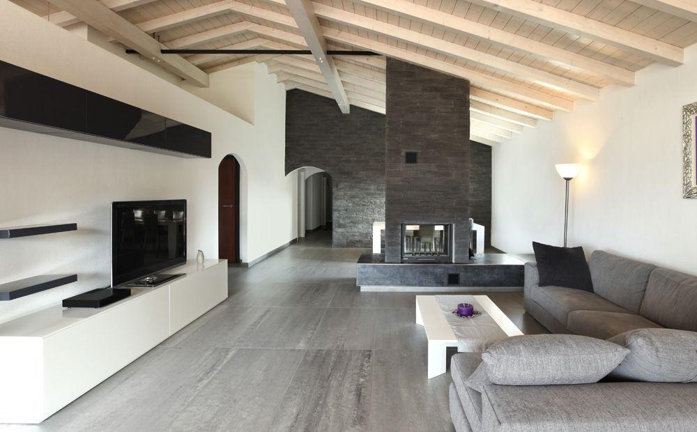 Traditionele Moderne Inrichting : Moderne inrichting met zwarte wand woonkamer in room
