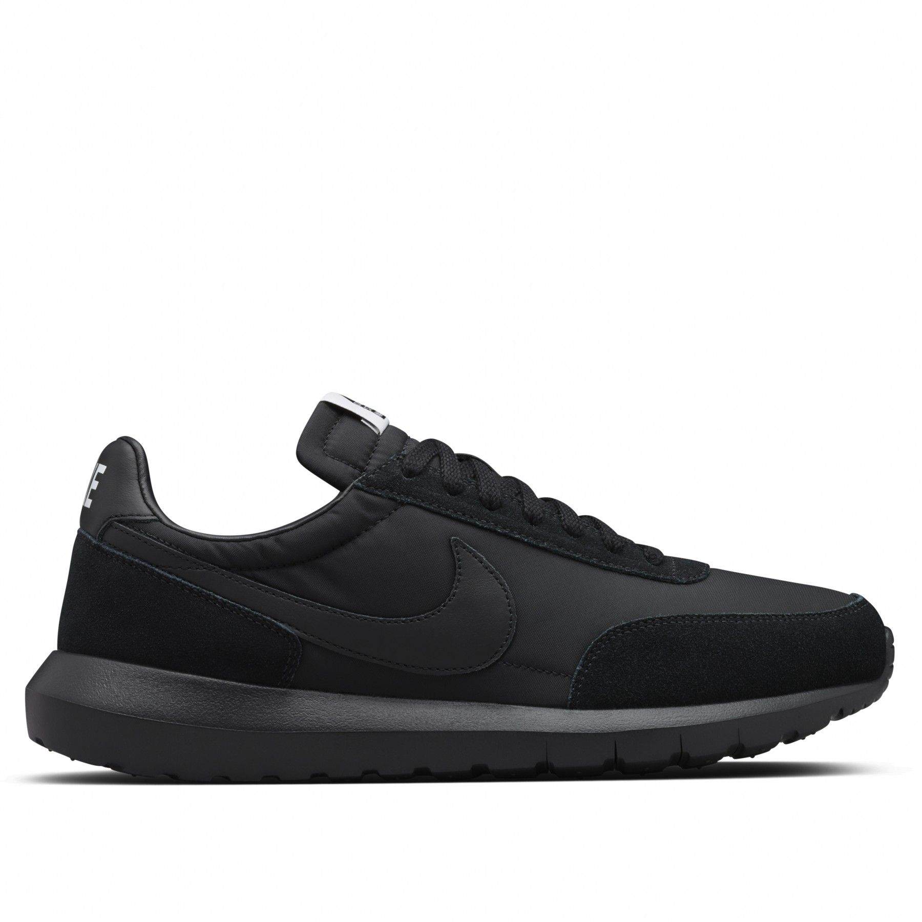 Did You Manage To Pick Up A Pair Of The NikeLab Roshe Daybreak x DSM?