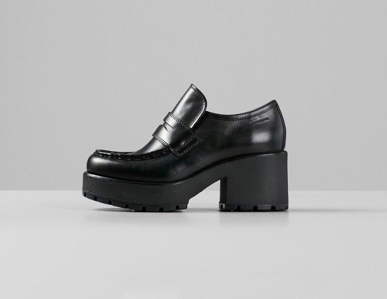 33085a8c3 109.99 | Vagabond Dioon Black Leather Chunky Heeled Oxfords Loafers  Moccasins EU37 US6 ❤ #