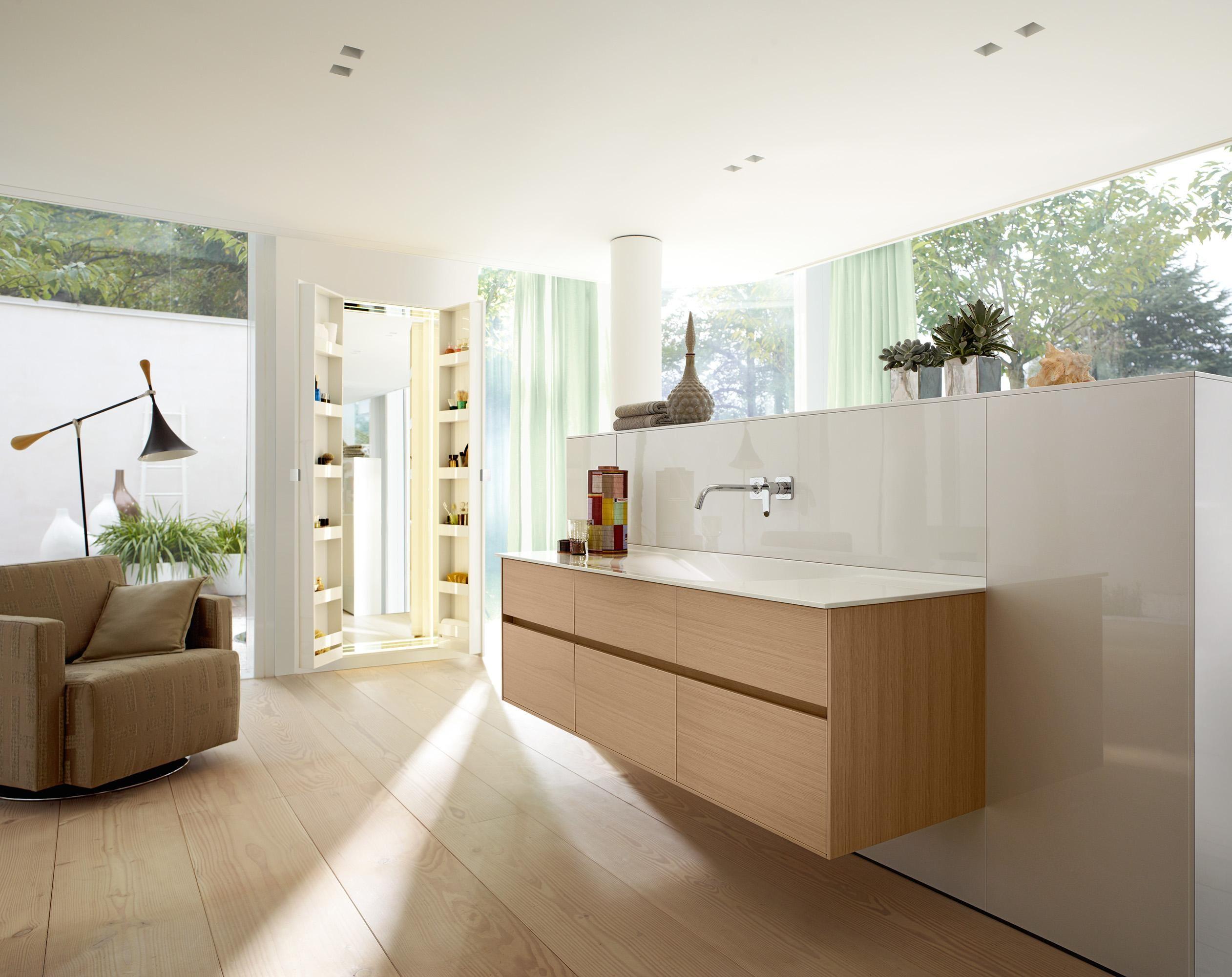 Badezimmer Gestalten Bilder Ideen Couchstyle Badezimmer Bad Waschbecken Bilder Vorwandinstallation Ideen Waschtisch Burg In 2020 Bathroom Shower Room Bathtub
