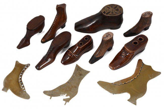 Three George III snuff shoes, late 18th century :