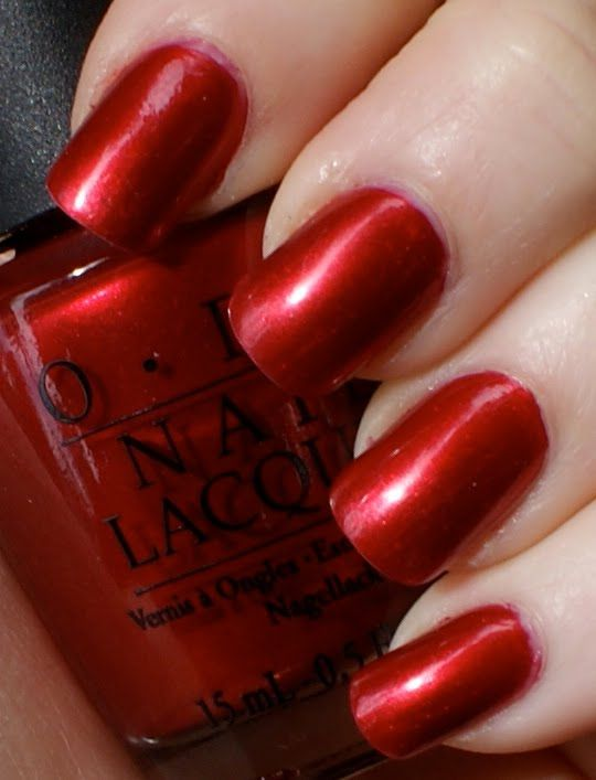 my favorite OPI red... \