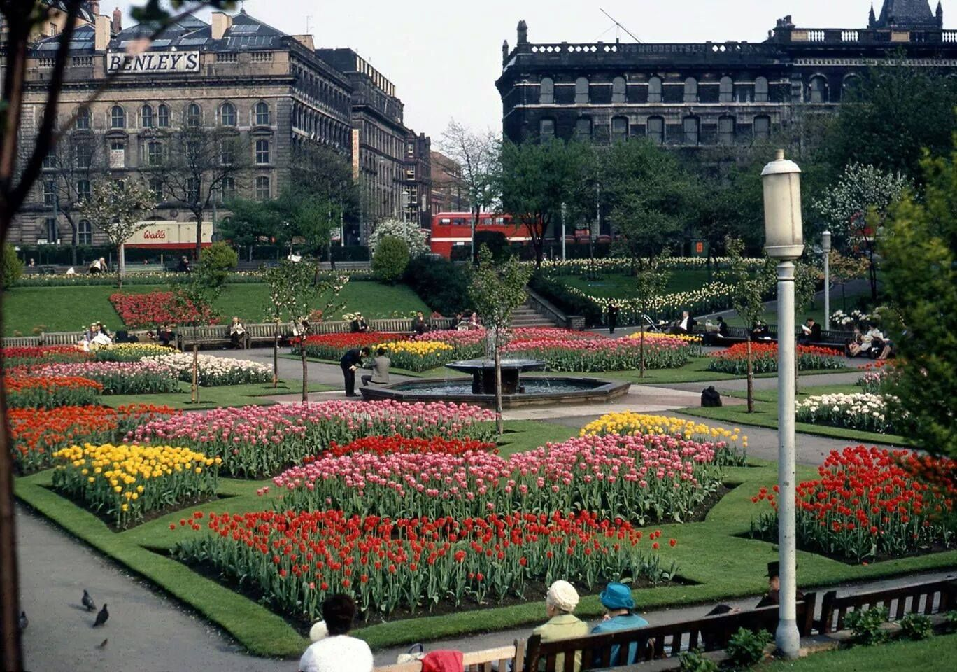 Manchester Piccadilly Gardens 1960 Manchester piccadilly