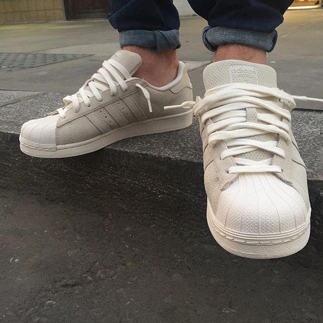 Adidas Superstar Scarpe Calci Sneaktip Su Instagram Sneaktip Calci Pinterest e0c141