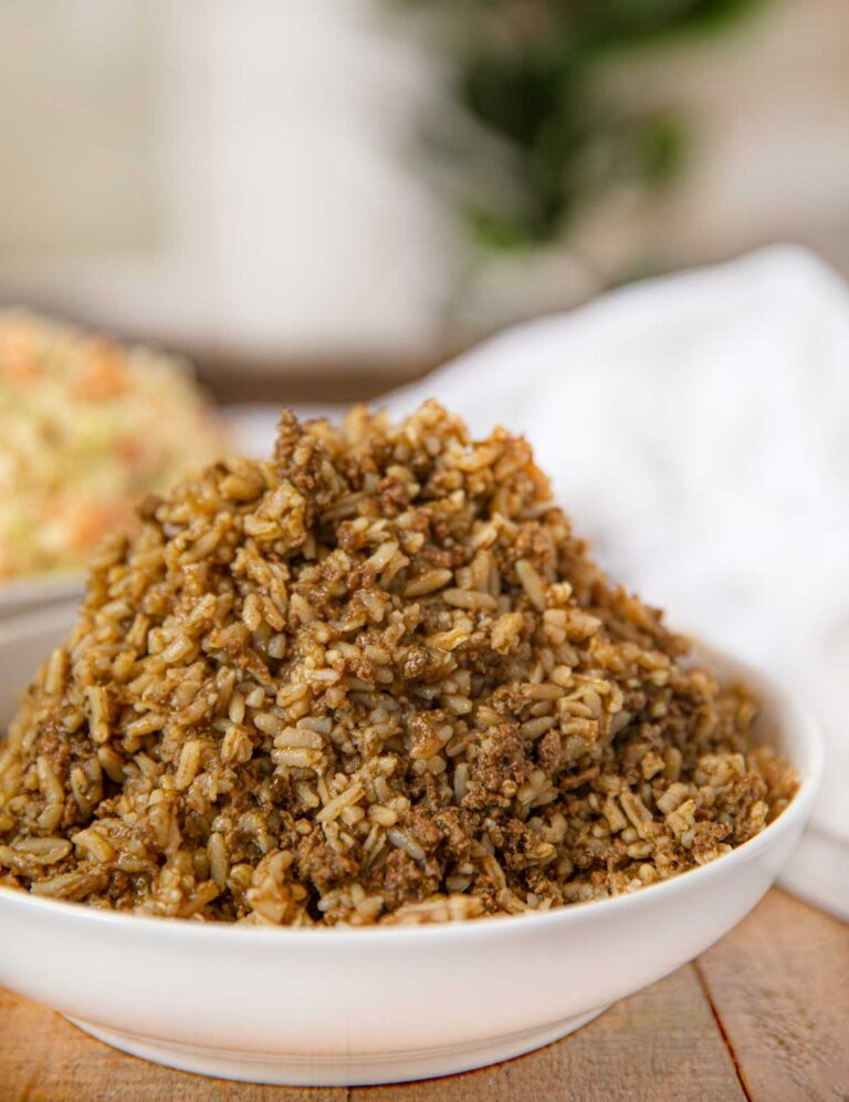 Popeye S Cajun Rice Copycat Is A Beefy Boldly Seasoned Rice With Cajun Spices The Perfect Copycat Recip Cajun Rice Popeyes Cajun Rice Recipe Cajun Rice Recipe