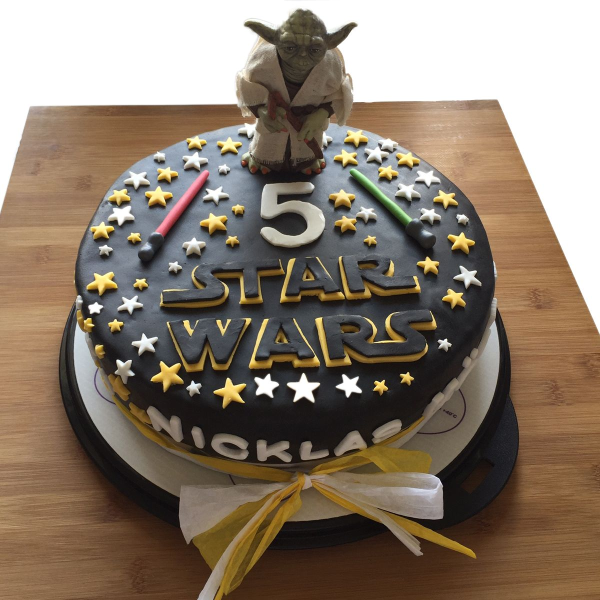 star wars fondant torte motivtorte geburtstags kuchen cake 3 motivtorten pinterest kuchen. Black Bedroom Furniture Sets. Home Design Ideas