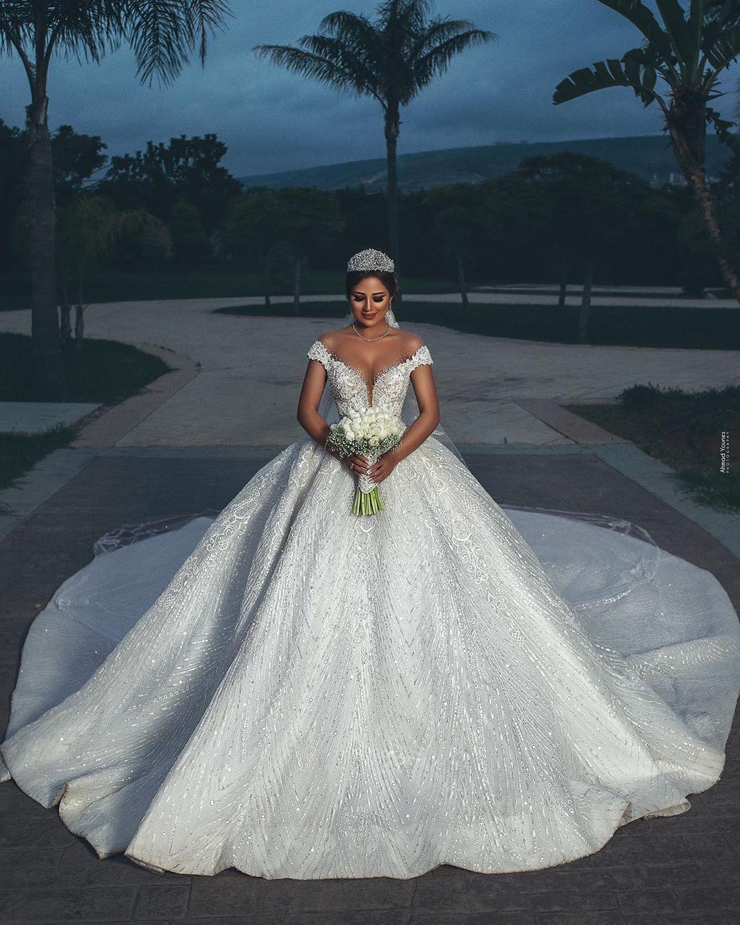 فساتين زفاف اوف شولدر Wedding Dresses Dream Wedding Dresses Tulle Dress Diy