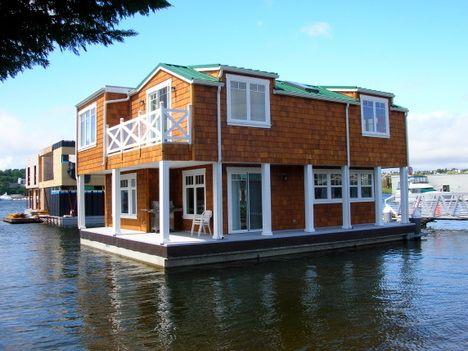 Floating Home With Single Floating Platform International Marine