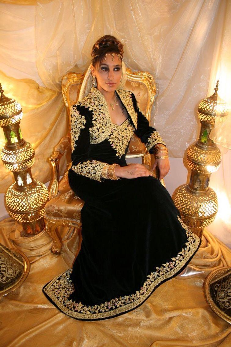 Arabian Designer Hand Painted Wedding Dress