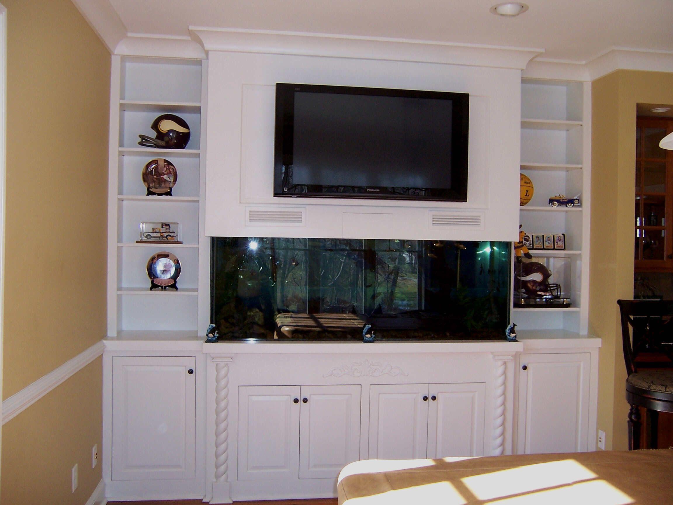 Custom Aquarium Tv Stand Looks Good But Makes The Aquarium Look