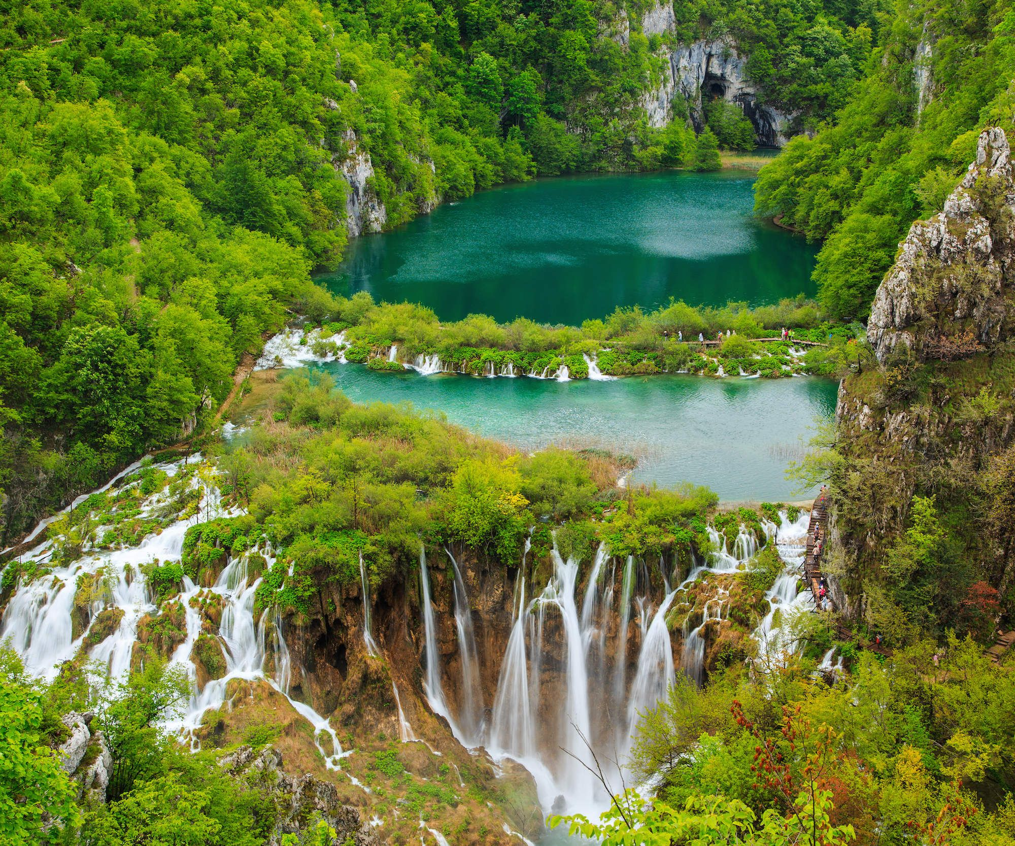 The Worlds Most Amazing Waterfalls Travel Nation Beautiful - 47 beautiful waterfalls around world