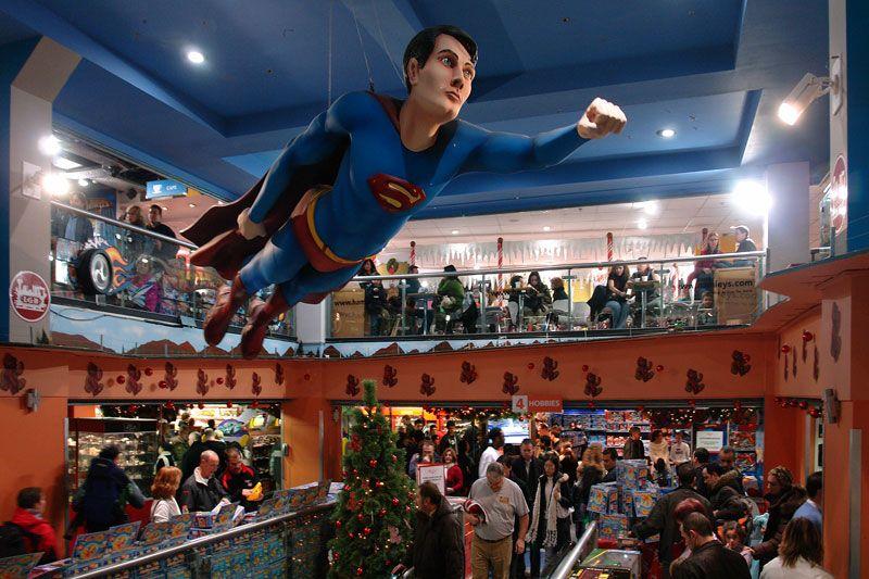 картинки двухэтажного магазина игрушек фото в англии наверное