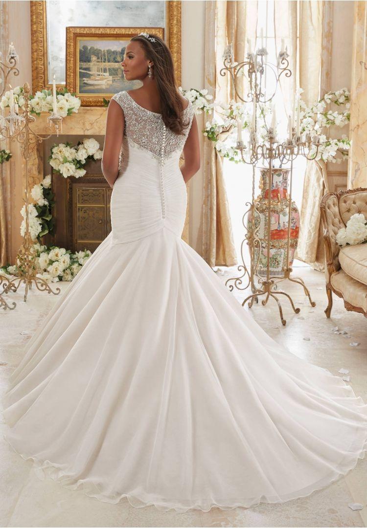 Wedding dresses for plus size brides  Plus Size Wedding Gowns  Mori Lee  Julietta Collection  Pretty