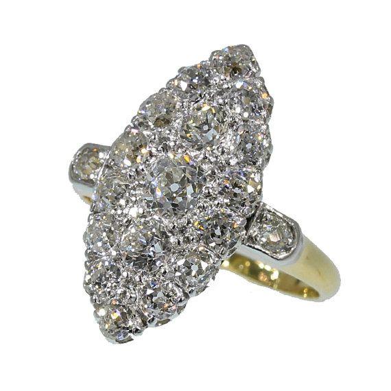 Wachtstand voor Elizabeth - Marquise verlovingsring antieke diamanten ring geelgoud Europese gesneden Victoriaanse diamantring circa 1890