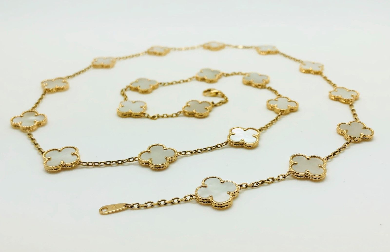 336702bb4 18K Yellow Gold 31