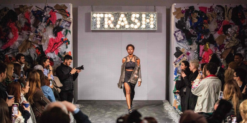 312 Best Trashion Images In 2020 Trashion Recycled Fashion Recycled Dress