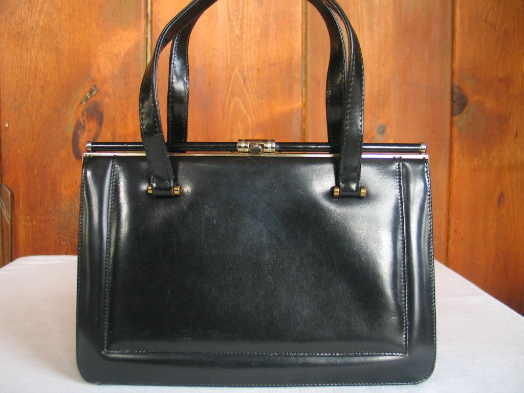 1960 S Black Leather Handbag Made In France Mad Men Peggy Rockabilly Pocketbook Classic 60 Purse Excellent Vintage Condition By Pinkylaroux On Etsy