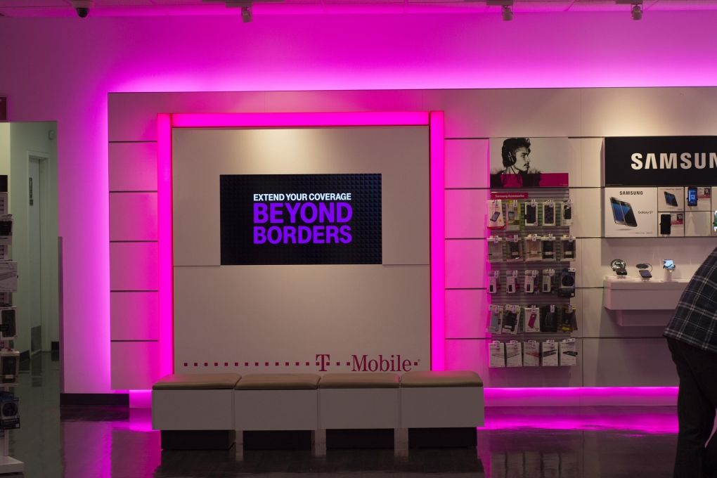 Supplied over 800 T-Mobile stores with liniLED RGB flexible