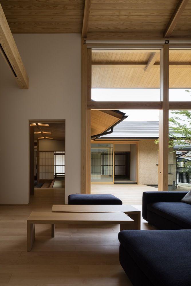 전통을 현재에 계승한 놀라운 선형의 미의 현대식 일본 전통 주택
