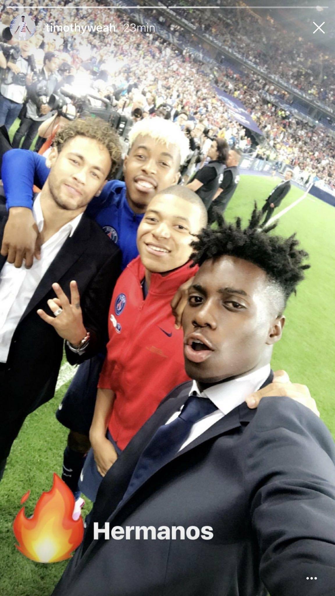 Neymar, Kimpembe, Mbappé e Timothy Weah