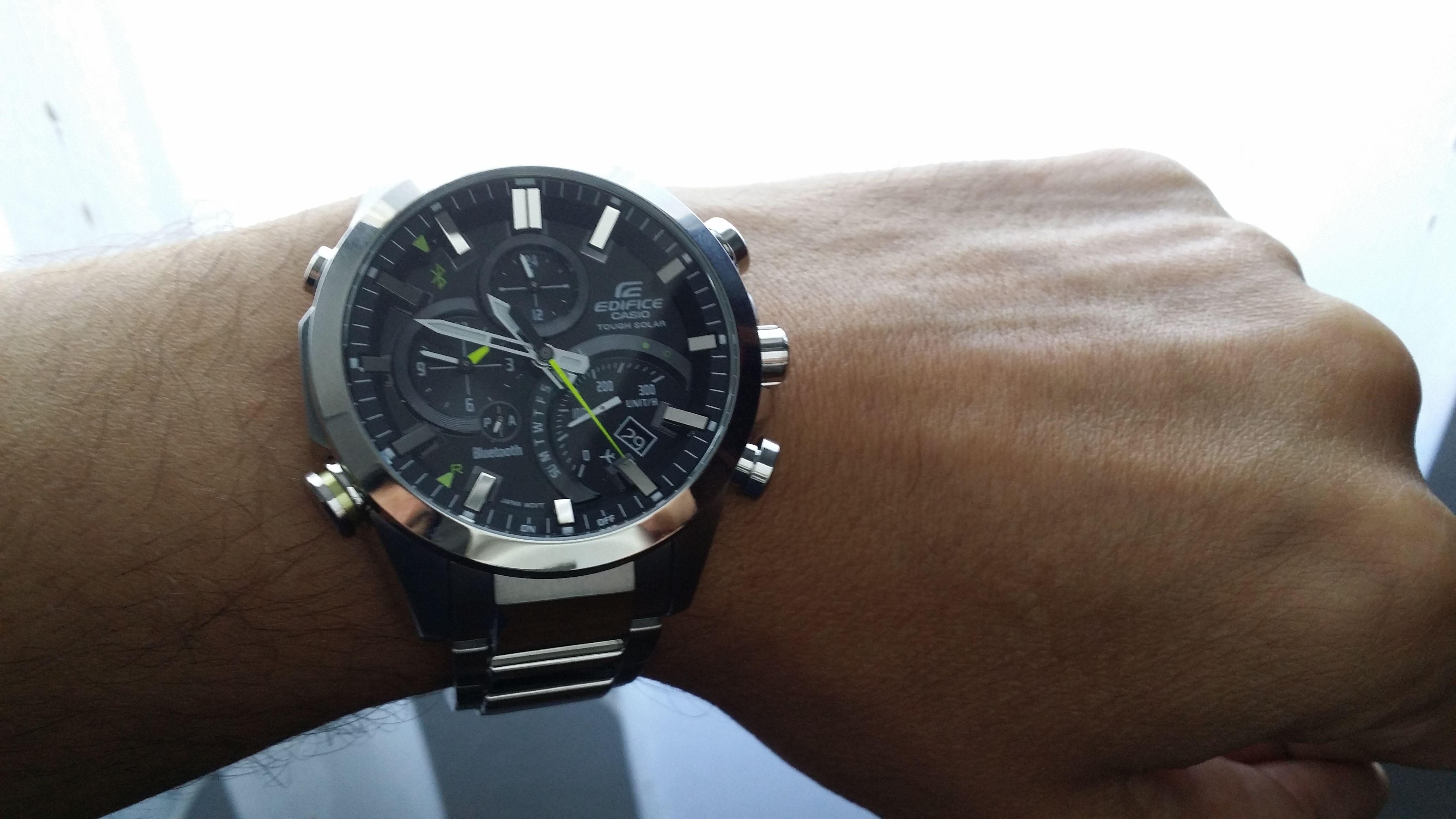 f4958dca917a5b Casio Edifice AQB 500 D une montre solaire stylée   Casio EDIFICE ...