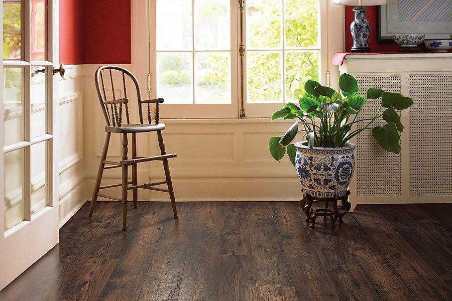 Mohawk rare vintage earthen chestnut onflooring high for Laminate floor covering