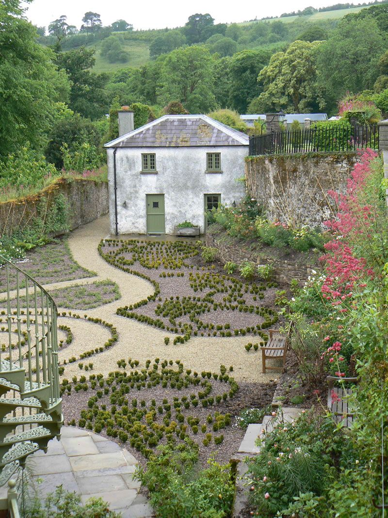 Knot garden and so it begins Knot Gardens Pinterest