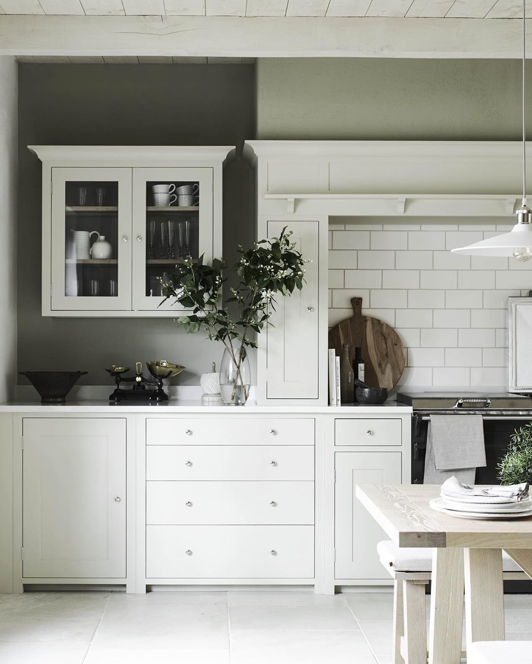 55 minimalist shaker kitchen ideas for 2020 in 2020 with images on kitchen ideas minimalist id=94173