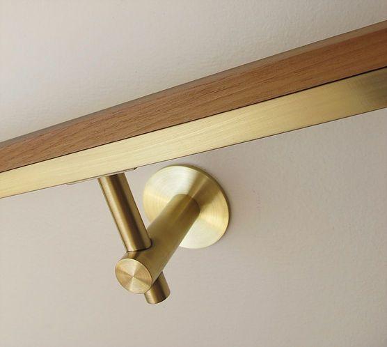 Our 522r Bracket In Brushed Brass Handrail Brackets Handrail