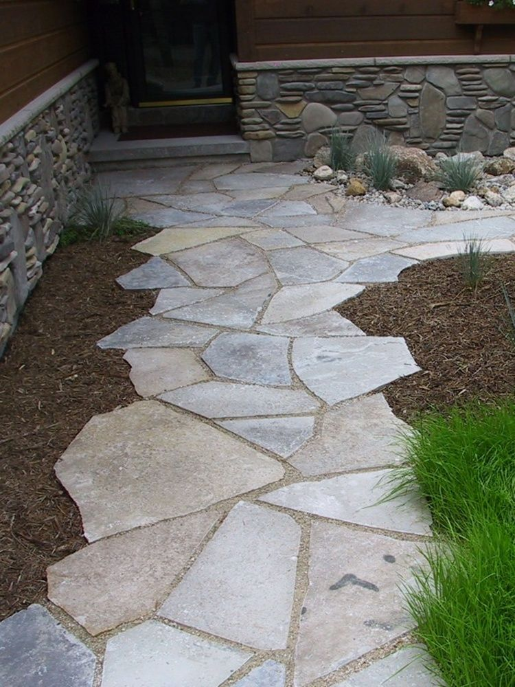 Irregular edge flagstone walk by lakeshores landscape for Flagstone designs