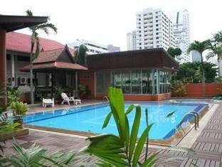 Teja Lake View Apartments - http://bangkok-mega.com/teja-lake-view-apartments/