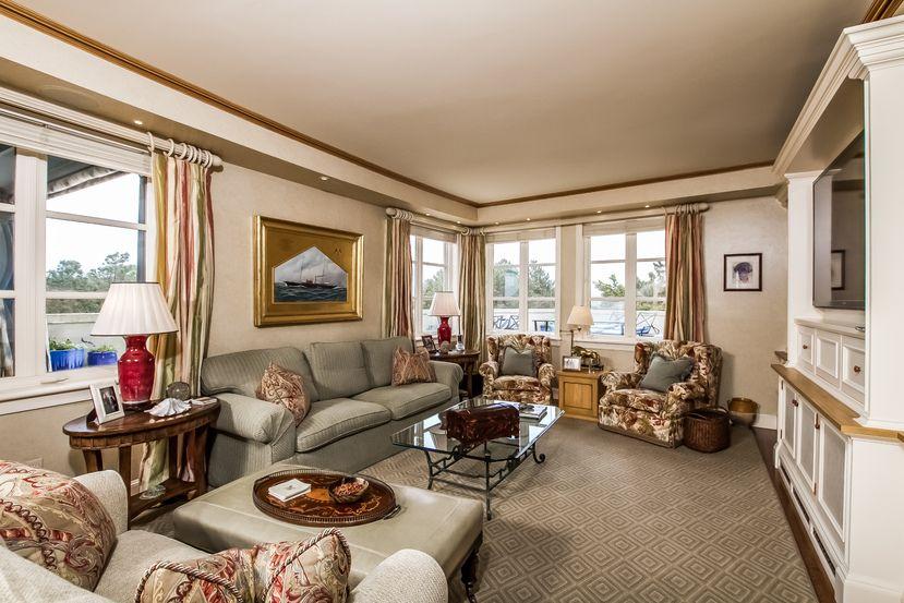 254 Ocean Avenue, Newport, RI 02840 | Newport, Home decor ...