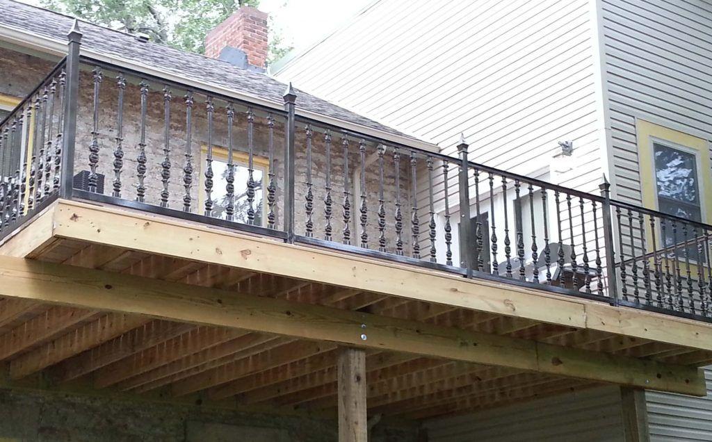 25+ Modern Balcony Railing Design Ideas With Photos in ...